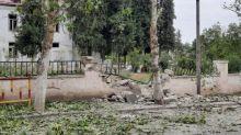 """""""Les bombardements étaient vraiment tout près"""" : au Haut-Karabakh, des civils tentent de fuir le conflit ou se résignent"""
