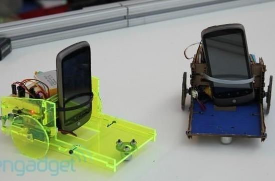 Cellbots get Nexus One upgrade, ad-hoc motion control (video)