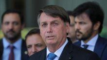 Bolsonaro: 'O auxílio emergencial, infelizmente para demagogos e comunistas, não pode ser para sempre'