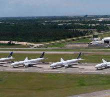 United eyes mass layoffs as coronavirus creates 'worst crisis' in airline history
