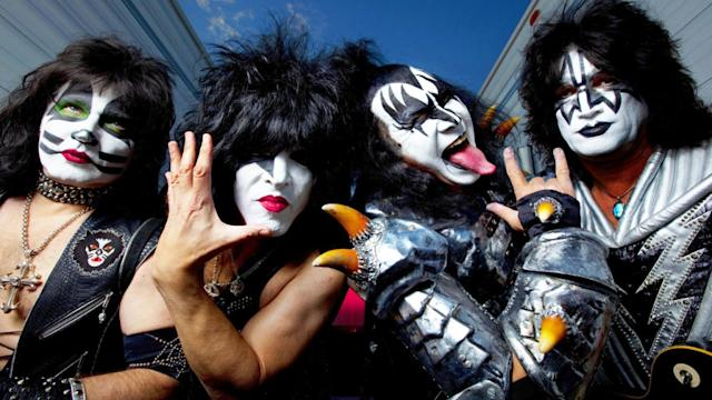 Kiss Founding Members Still Feuding