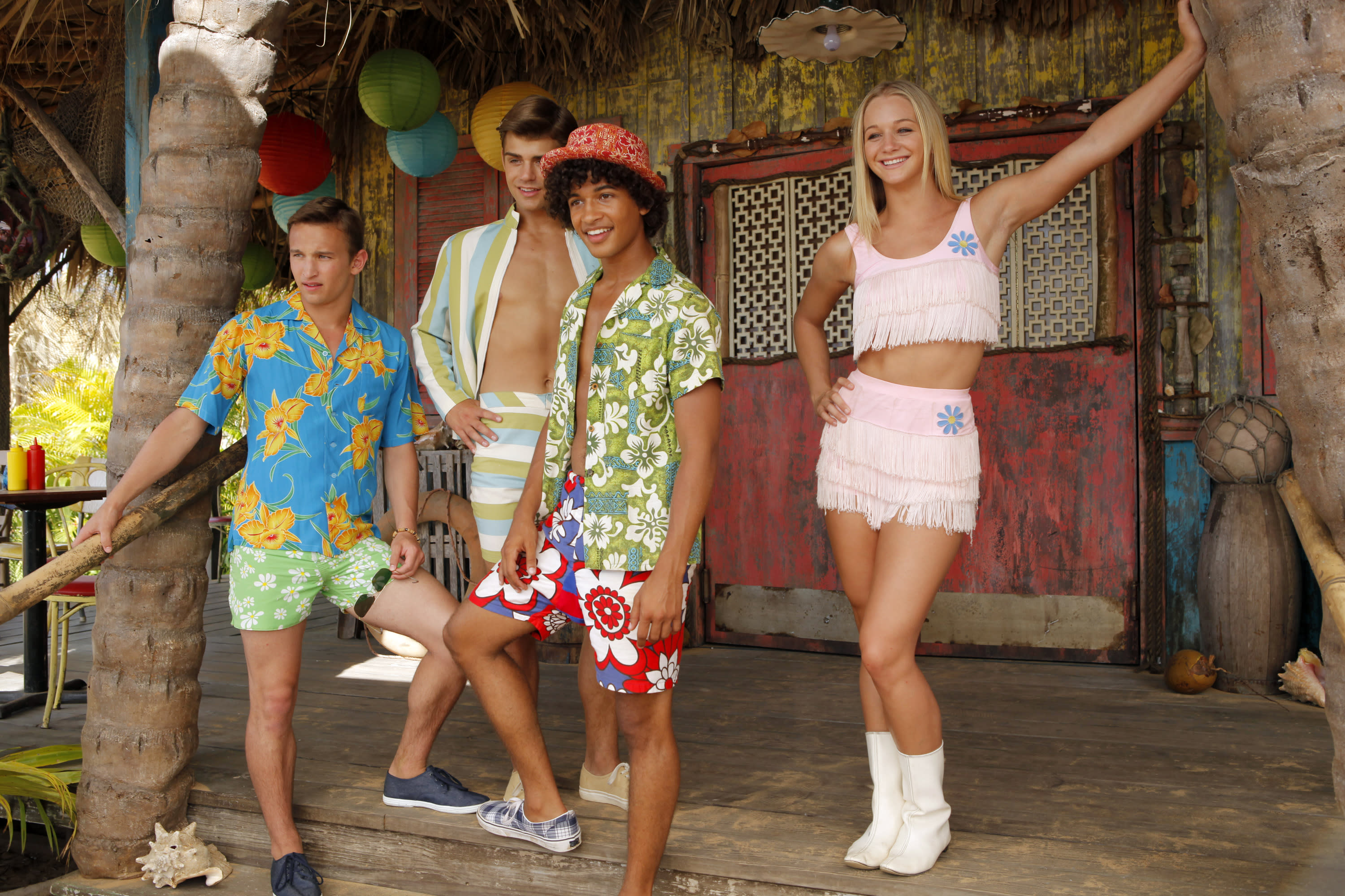 Starlets In 'Teen Beach Movie' Crush On '60s Style