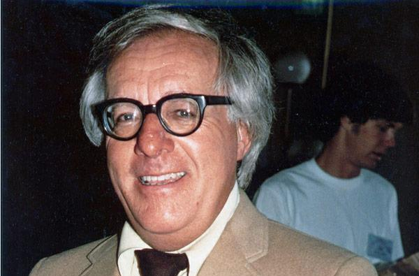 Ray Bradbury dies at 91, our world is that much poorer