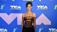 Bella Hadid: Dieser Look ist eher was fürs Schlafzimmer