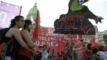 Polémica sobre aborto se agudiza ante la asunción de Fernández en Argentina