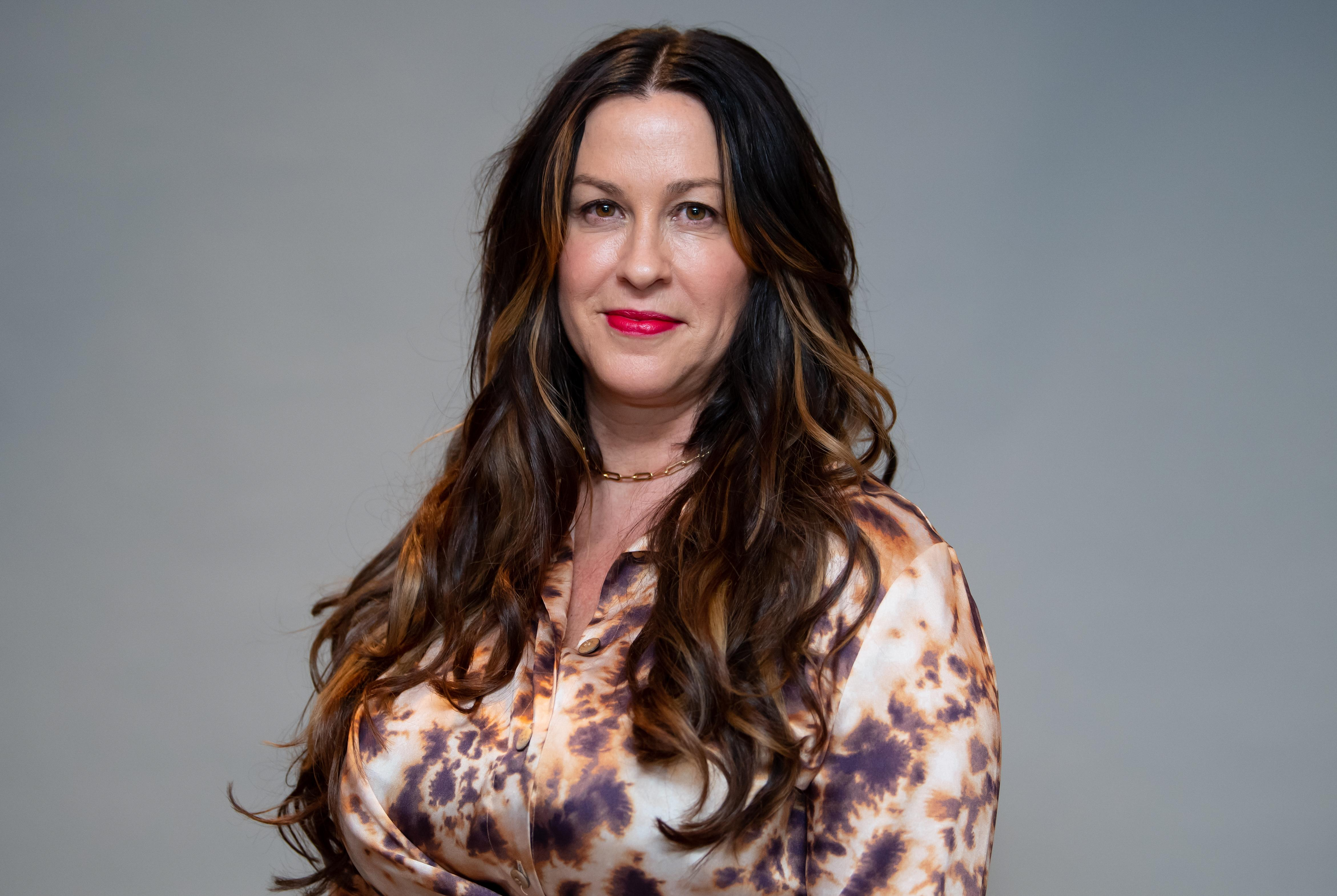 Alanis Morissette breastfeeds on magazine cover, opens up about 'postpartum experience': 'It was mostly depression, suicidal ideation, and anxiety'