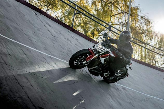 Zero's new SR/F electric motorcycle can go 160 miles on a charge