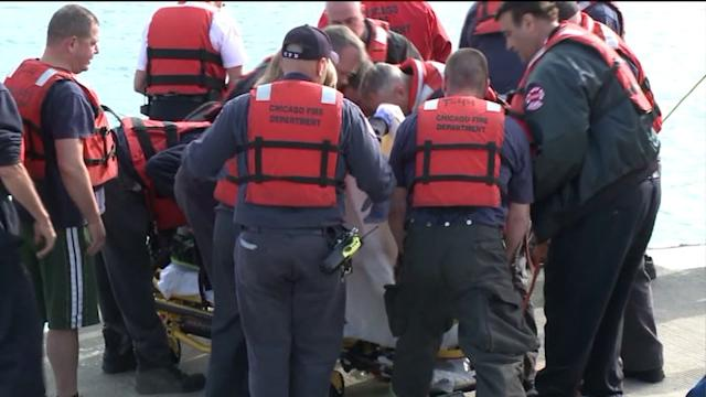 Man dies after being pulled from Lake Michigan