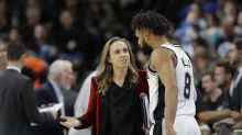 Report: Becky Hammon has interest in Knicks head coaching job