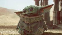 """""""Star Wars""""-Fans begeistert: Alle sind verliebt in Baby-Yoda"""