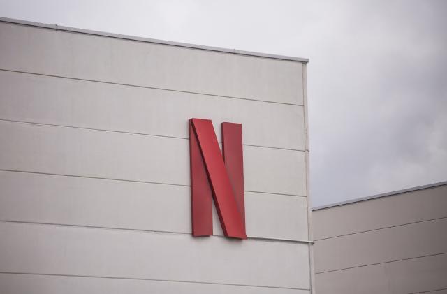 Netflix explores building an online hub around its original content