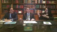 """Divulgação de íntegra de vídeo de reunião pode criar problemas entre Brasil e """"outro país"""", diz Bolsonaro"""