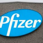 Britain gets ready for roll-out of Pfizer's COVID-19 vaccine this week
