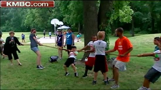 Chiefs lineman hosts fun, fitness camp for kids