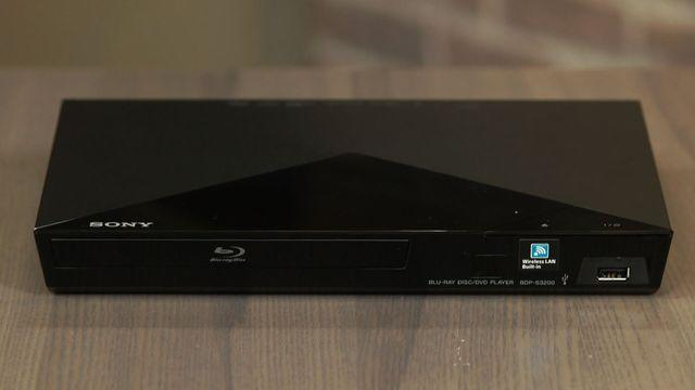 Sony's BDP-S3200 Blu-ray player competent but stale