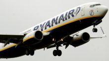 Ryanair wins high court injunction to stop Irish pilot strikes