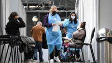 """Covid-19 : à Paris, pour le week-end de l'Ascension, les centres de vaccination ne veulent pas """"baisser la garde"""""""