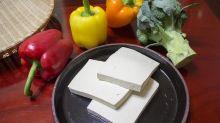 Cientistas inventam primeira bebida alcoólica feita de tofu do mundo