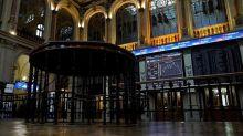El IBEX cae un 0,48 % en su octava sesión a la baja, lastrado por Wall Street