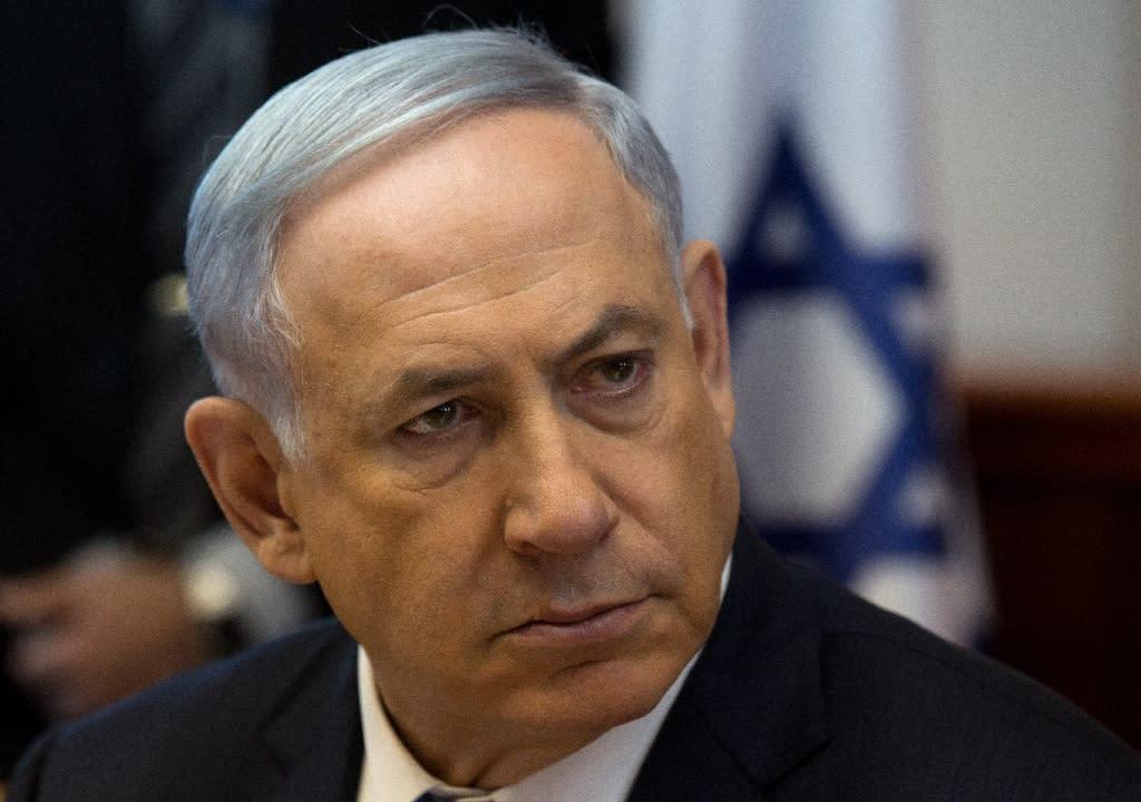 Israeli Prime Minister Benjamin Netanyahu, pictured in Jerusalem on April 19, 2015, was locked in a last-ditch effort to piece together a ruling coalition (AFP Photo/Menahem Kahana)