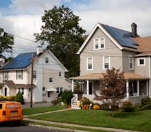 Sunrun's $3.2 billion Vivint Solar bid challenges Tesla's energy ambitions
