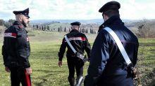 Firenze, sequestra e violenta la cognata per un mese