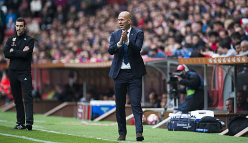 Primera Division: Medien: Zidane soll bei Real weitermachen
