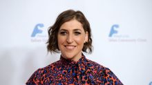 'Call Me Kat' star Mayim Bialik explains what 'Blossom' character would be doing in 2021