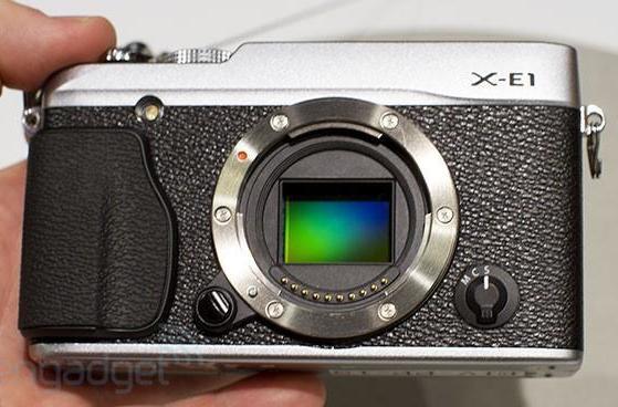 Fujifilm X-E1 hands-on (video)
