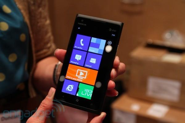 Windows Phone 8 detailed: dual cores, Skype Integration and NFC are a go