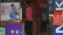 India telecom rivals see wild share swings after record losses