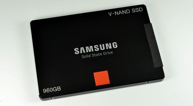 Samsung unveils first SSDs with 3D V-NAND memory, but only for enterprise