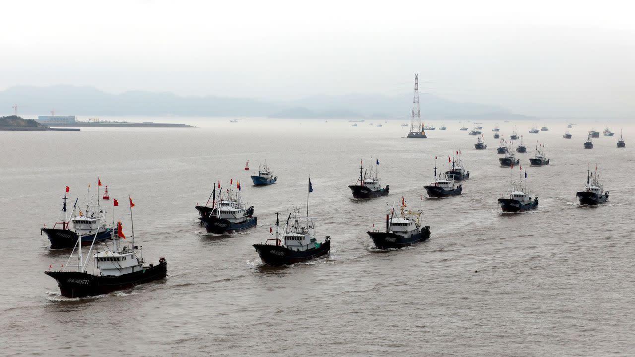 Ecuador faces fishing crisis near Gal�pagos