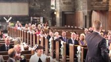 Owl incredibly flies down the aisle to deliver wedding rings to newlyweds