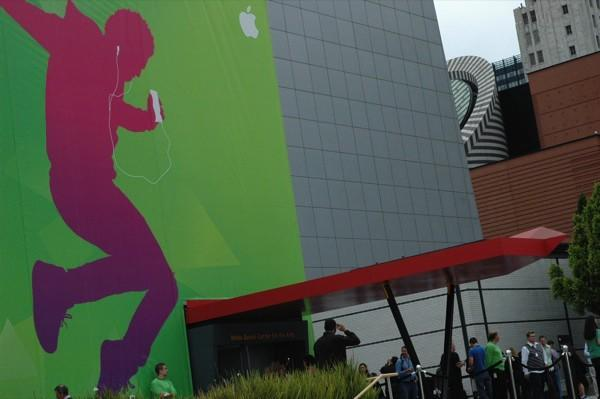 Live from Apple's 'Let's Rock' event in San Francisco