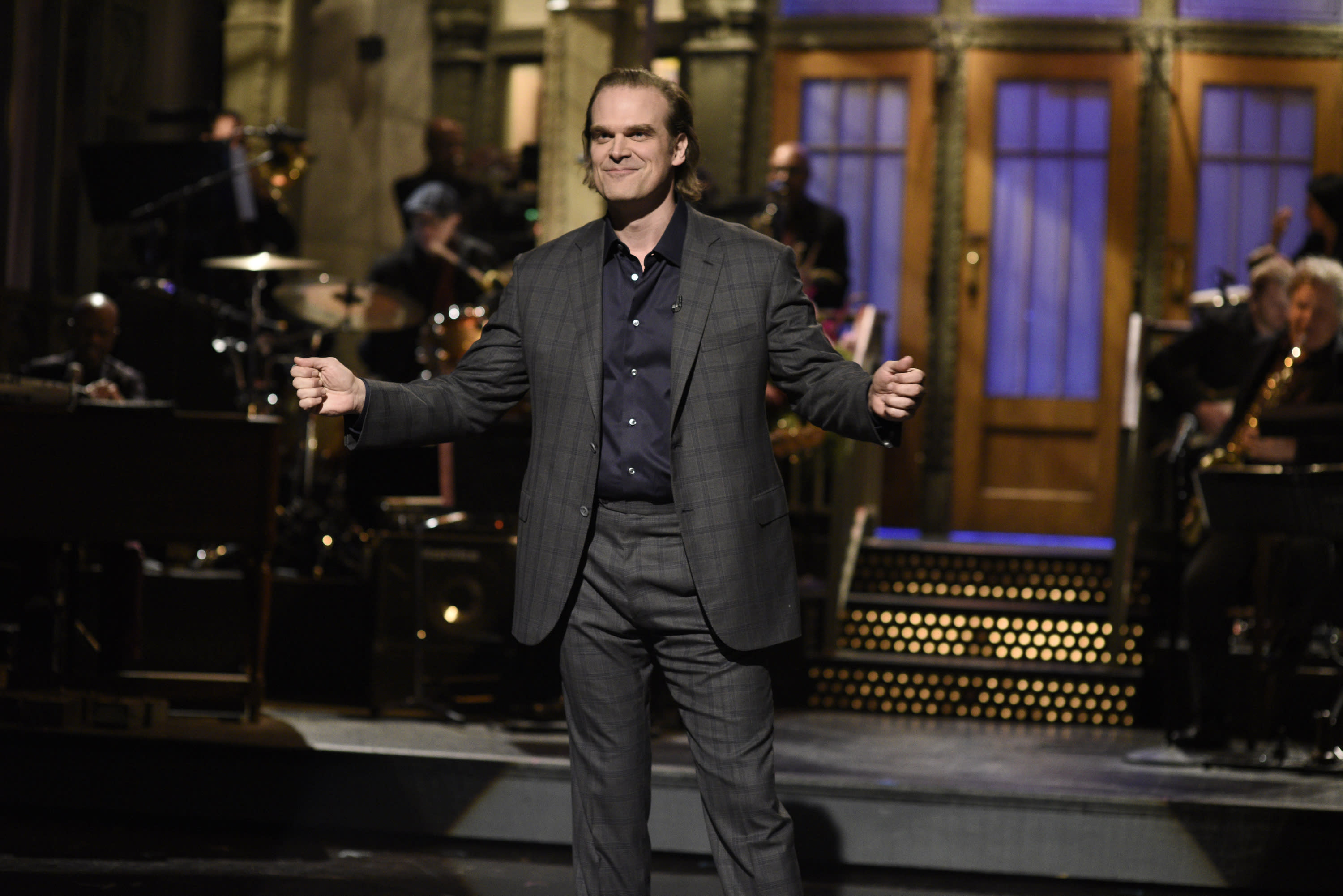 Saturday Night Live Review First Time Host David Harbour Gets As Weird And Grouchy As He Can