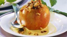 Dieses einfache Bratapfelrezept sorgt für Winterzauber
