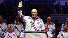 Mark Messier criticizes Rangers' lack of enforcers