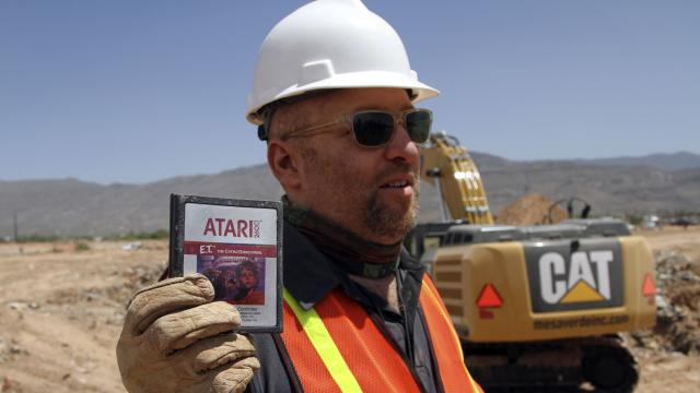 Game|Life - Teaser: Excavating the Atari E.T. Video Game Burial Site