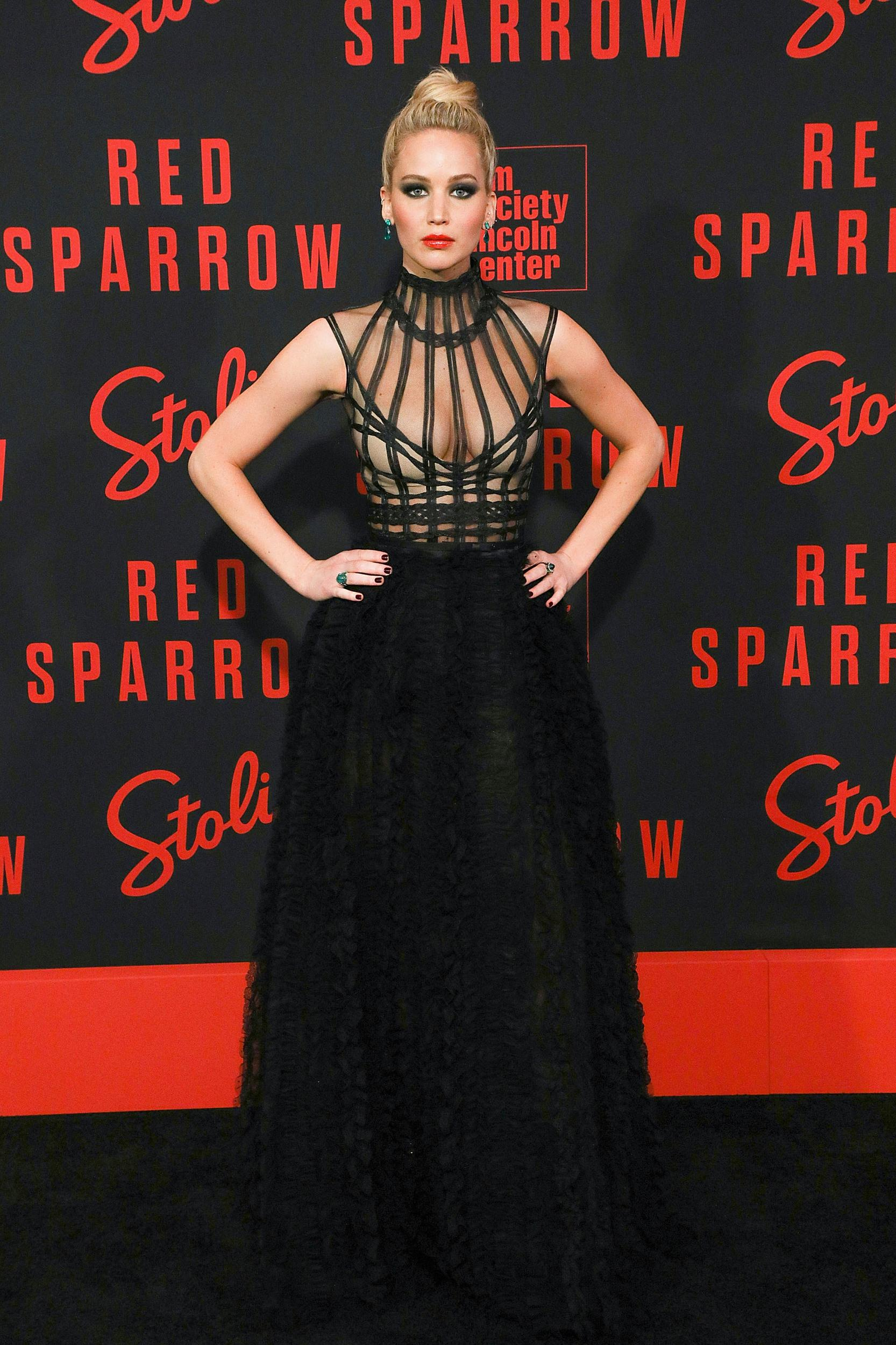 NEW YORK, NY - FEBRUARY 26:  Actress Jennifer Lawrence attends the 'Red Sparrow' premiere at Alice Tully Hall at Lincoln Center on February 26, 2018 in New York City.  (Photo by Taylor Hill/FilmMagic)
