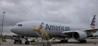 American Airlines forced to cancel hundreds of flights