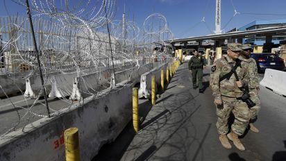 Judge blocks Trump's new asylum restrictions