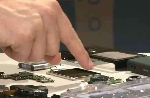 Sony tears down Bloggie 3D, iFixit helps (video)