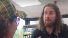 Empleado de gasolinera atacó con comentarios racistas a turistas mexicanas en Naperville, Illinois