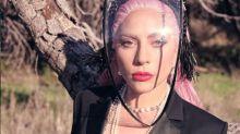 Lady Gaga dá jaqueta de R$ 26 mil para jovem que a abordou no meio da rua