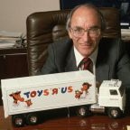 Toys 'R' Us Founder Charles Lazarus Dies at 94