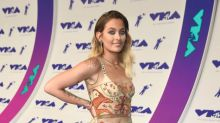 Paris Jackson makes some 'major statements' at the VMAs