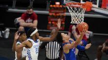 No. 7 Kansas overcomes offensive woes, beats No. 20 Kentucky
