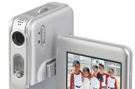 Mustek's DV520T camera / camcorder hybrid does VGA video