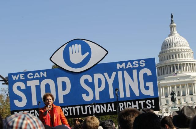 US won't stop the NSA's mass phone spying before a ban kicks in